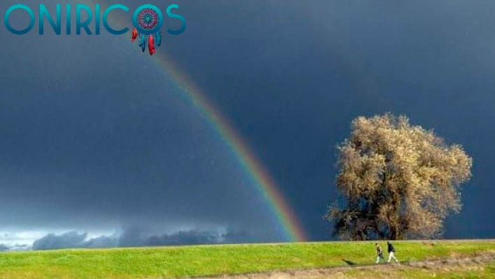 soñar con lluvia y arco iris